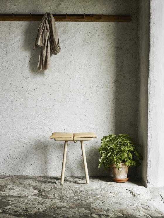 1930337_george-jubiee-stool-02